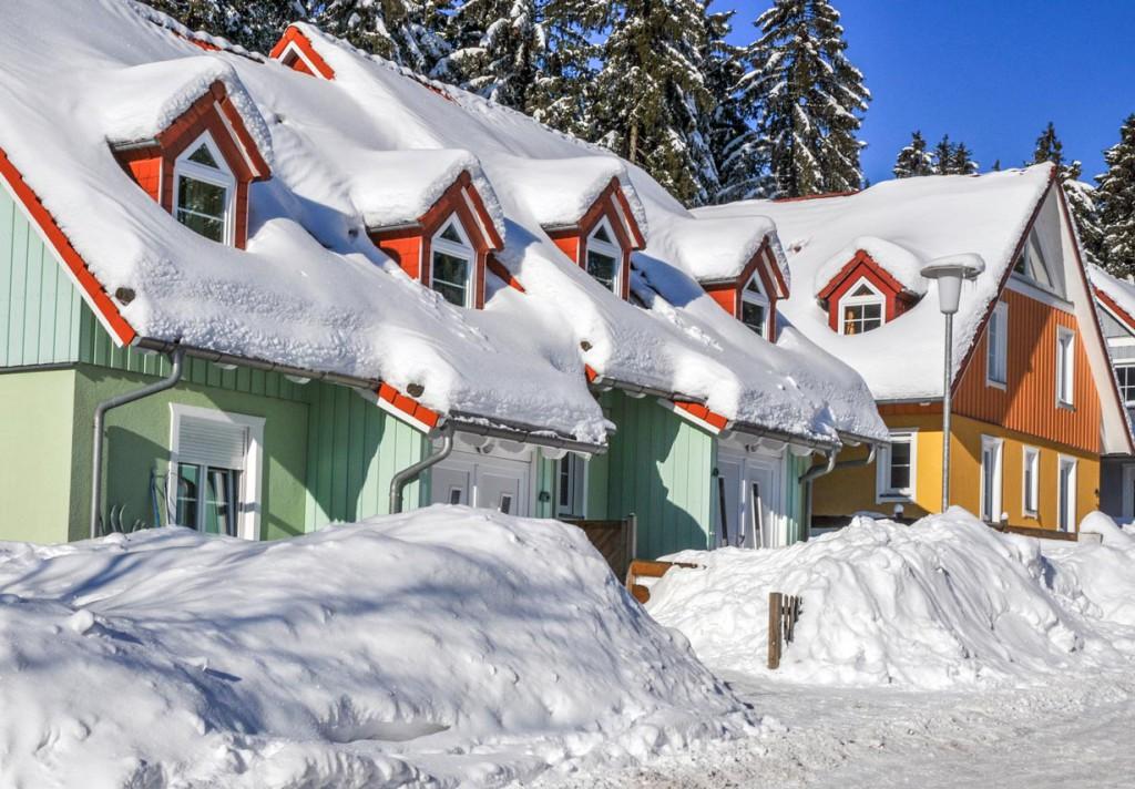 In traditionell schneereichen Regionen schreibt der Gesetzgeber entsprechenden Schneeschutz vor. Bild: fotolia