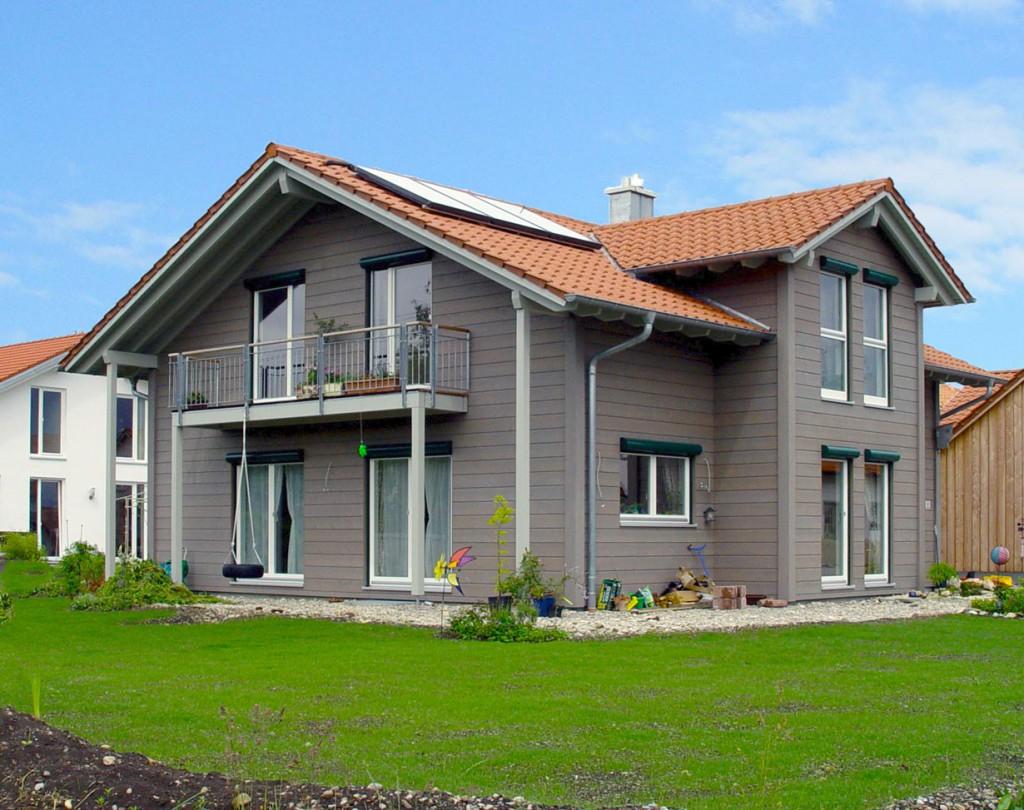 """Die gemeinsame Betrachtung von Ökonomie, Ökologie, Soziokulturellem und technischer Leistungsfähigkeit ist entscheidend, um einem Haus das Prädikat """"nachhaltig"""" zu verleihen. Bild: hausidee.de"""