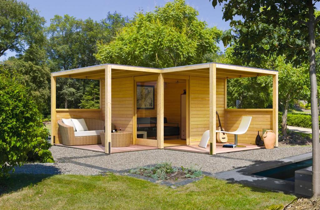 Das Gartenhaus Cubus besticht durch seine modulare Bauweise. So lässt sich sowohl ein einzelner geschlossener Raum bauen als auch eine Kombination mit Freisitz und zusätzlichem Stauraum. Bild: tdx/i&M Bauzentrum