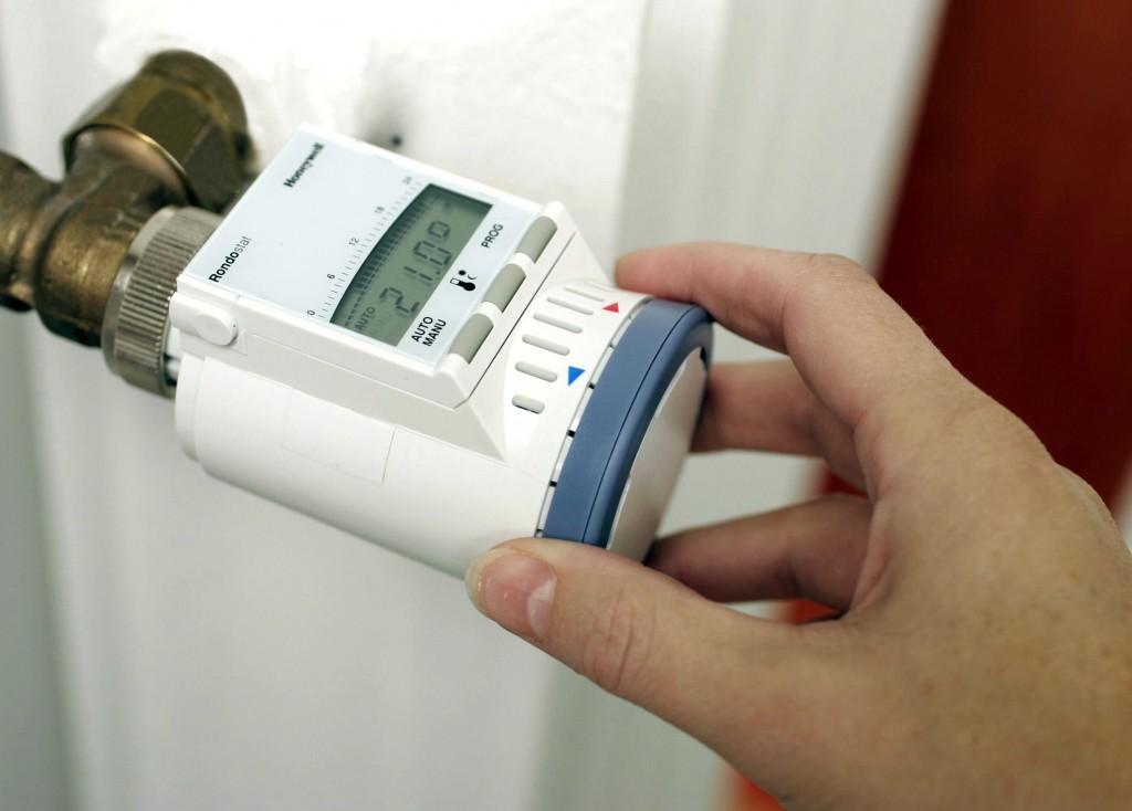 Zu hohe Raumtemperaturen schaden der Gesundheit und steigern die Energiekosten. Bild: tdx/OBI