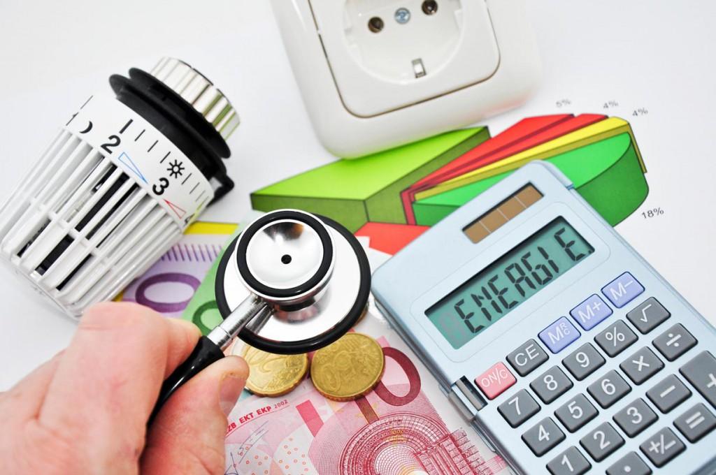 Vom richtigen Lüften bis hin zum sparsamen Gebrauch von Elektrogeräten - mit einfachen Maßnahmen lassen sich bereits hohe Einsparungen erzielen. Bild: fotolia