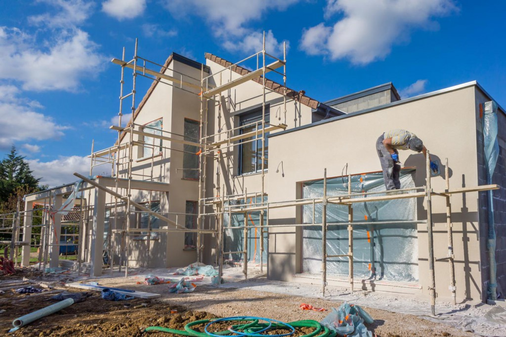 Setzen Bauherrn auf nachhaltige Bauprodukte entstehen wohngesunde und ökologisch hochwertige Häuser. EPDs des IBU helfen die passenden Bauprodukte zu finden. Bild: fotolia