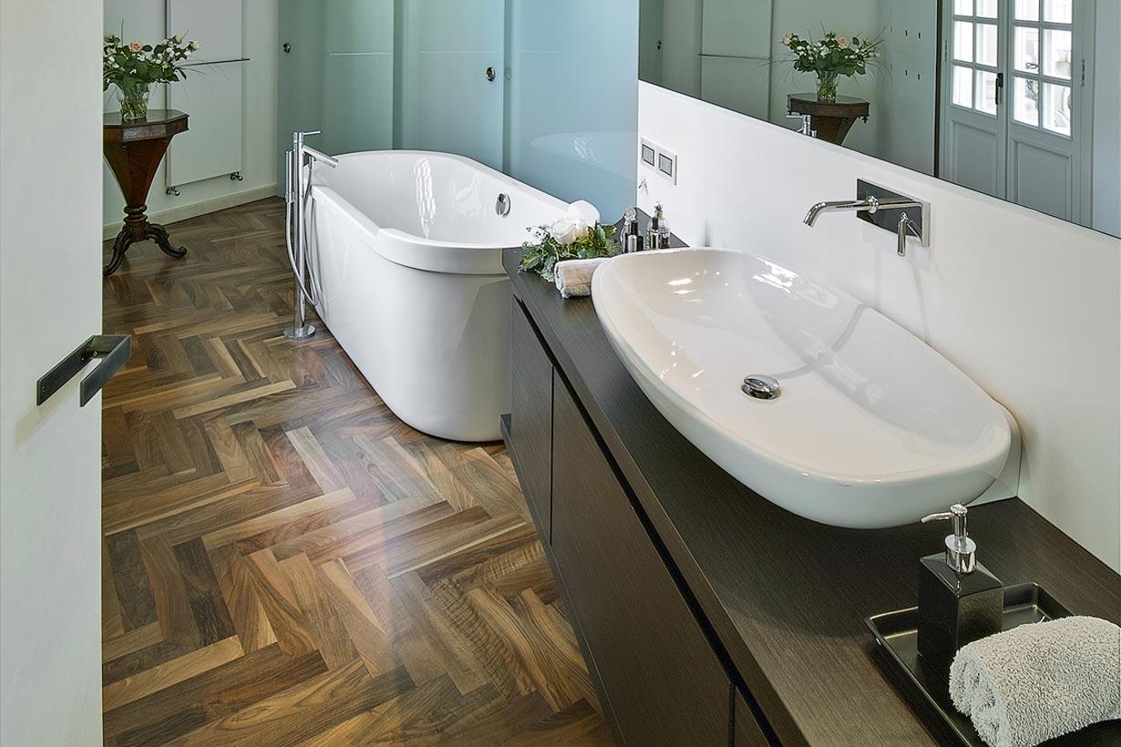 Holzboden im bad - Holzboden fur badezimmer ...
