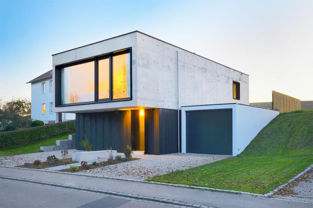Die 50 cm starken Außenwände des Gebäudes bestehen aus Infraleichtbeton. Bild: InformationsZentrum Beton/Peters