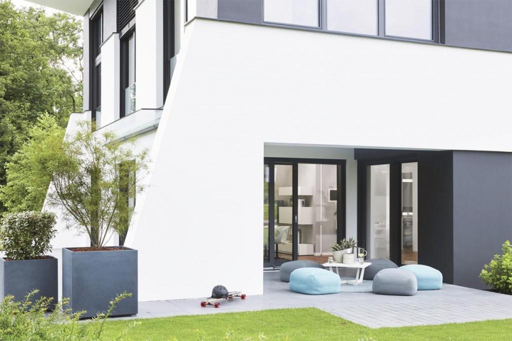 Skulpturale Architektur im urbanen Trend. Terrasse. Bild: Weber Haus