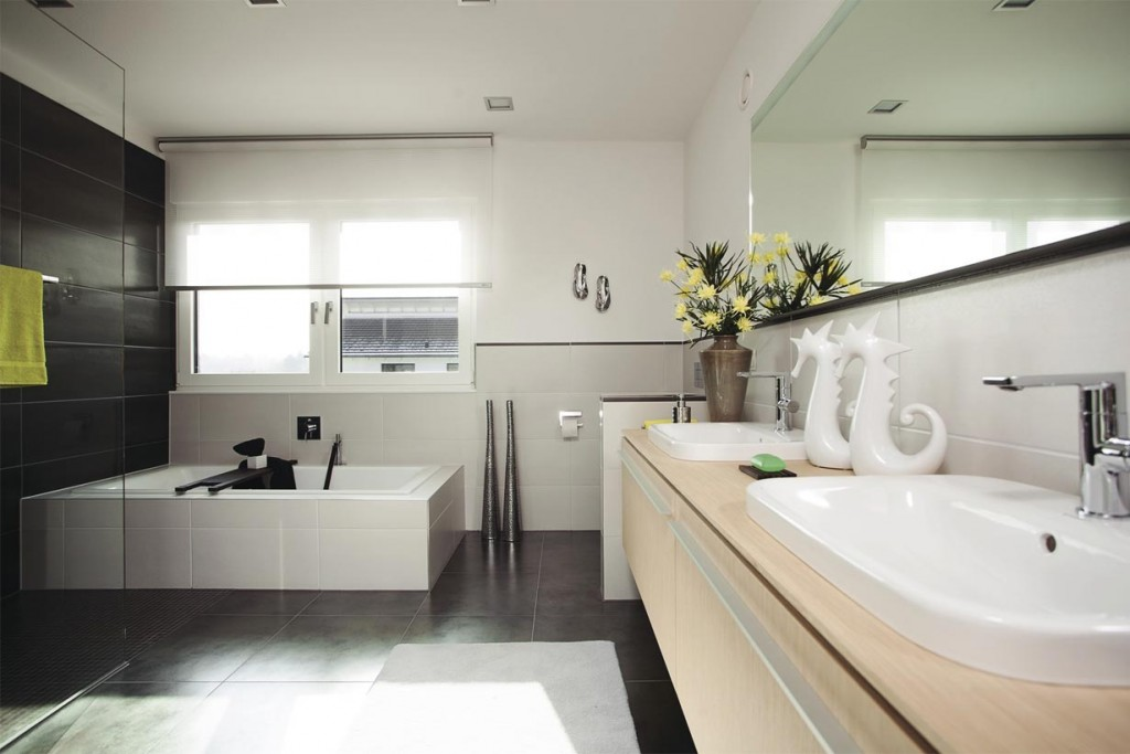 Stadtvilla in neuem Gewand. Badezimmer. Bild: Weber Haus