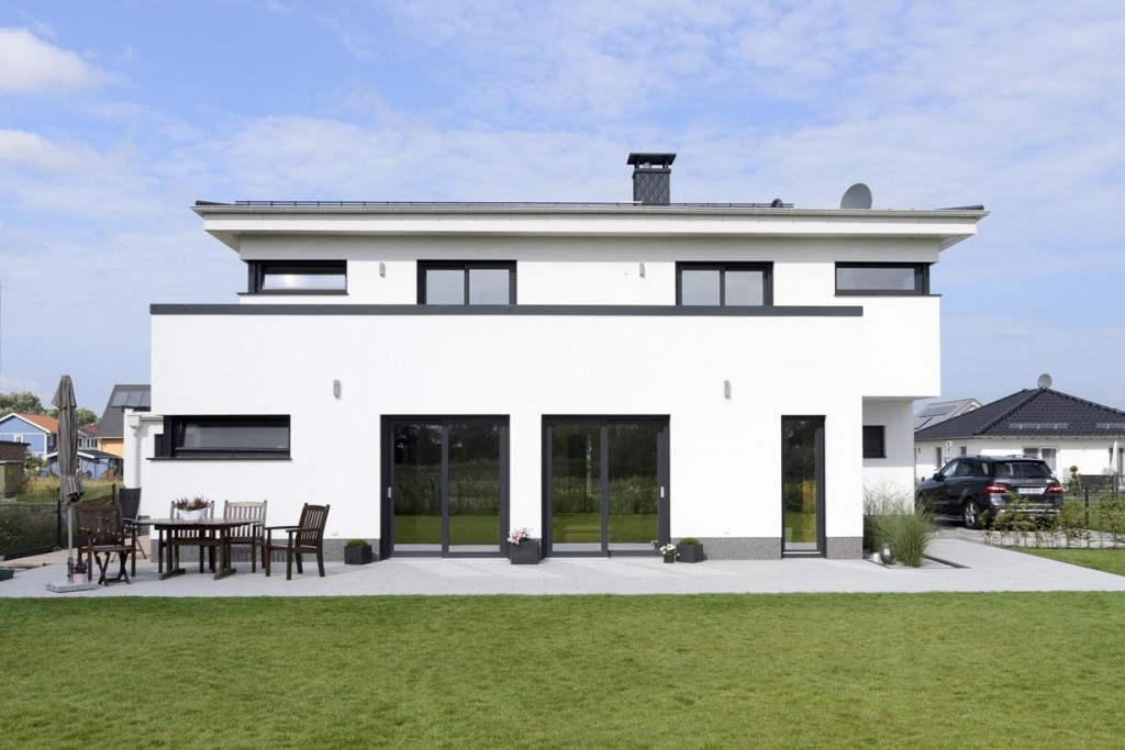 puristisch in der natur. Black Bedroom Furniture Sets. Home Design Ideas