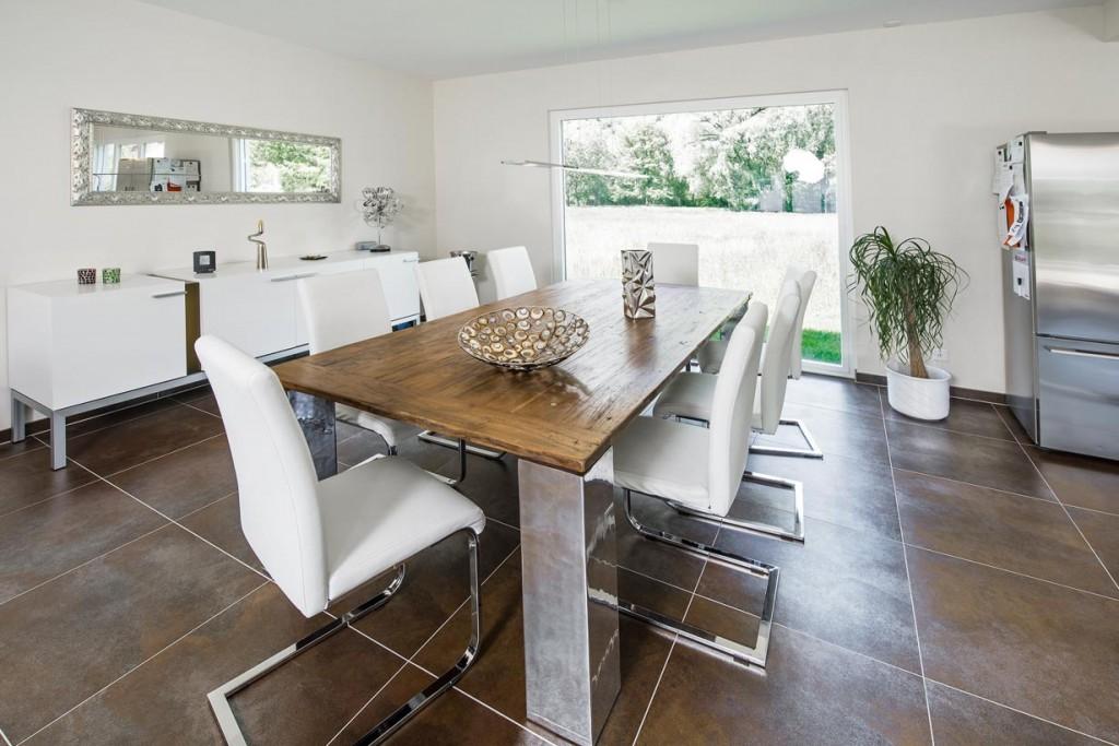 Bungalow im gr nen for Einfamilienhaus innenansicht