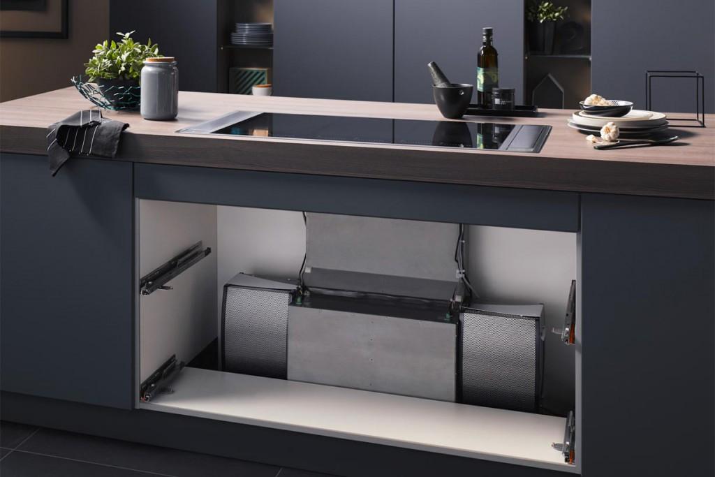 Die Downair Mistral+ lässt sich platzsparend einbauen. So können zum Beispiel Schubladen verbleiben und nahezu uneingeschränkt genutzt werden. Bild: tdx/Homeier