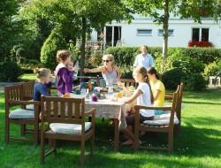 Im eigenen Garten können Kinder nach Herzenslust spielen. Bild: BdB