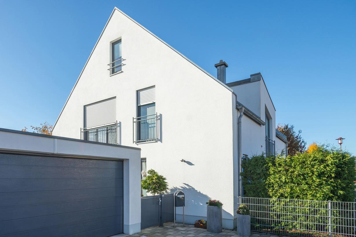 Die weiße Putzfassade ist der Klassiker und zählt zu den beliebtesten Fassadentypen. Bildquelle: tdx/Mein Ziegelhaus