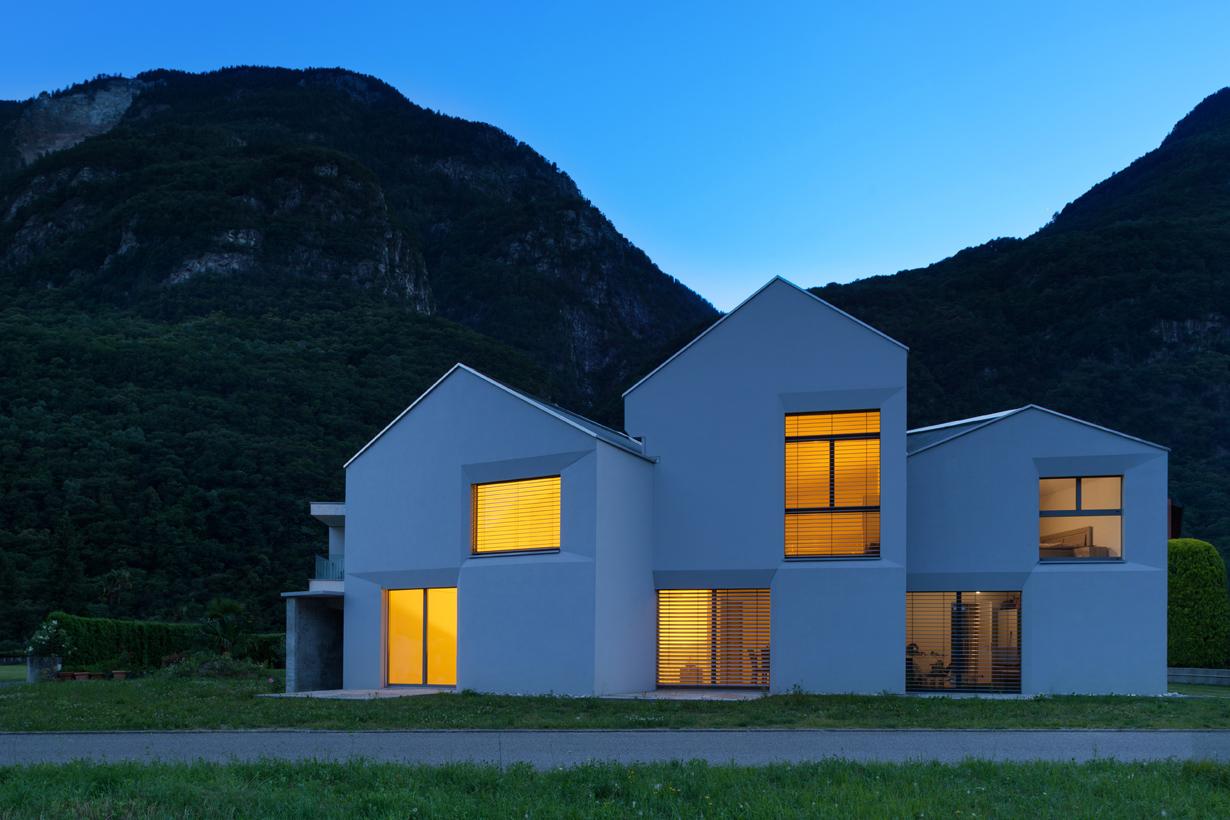Klare, puristische Linien prägen das Erscheinungsbild des Einfamilienhauses. Bild: Fotolia